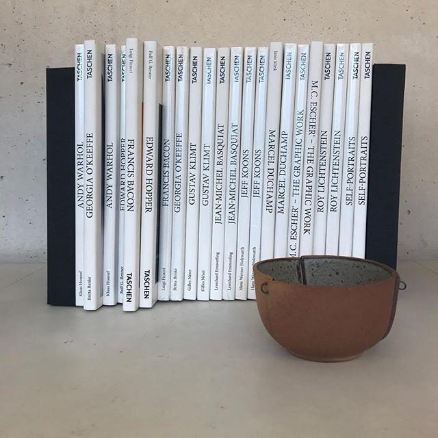Taschen artbook set @muac_unam #muac_unam #muacbookshop #tiendamuac #bookdisplay #taschen #bibliohile #libros #artbooks #mexico #museosmx @taschen #librierge