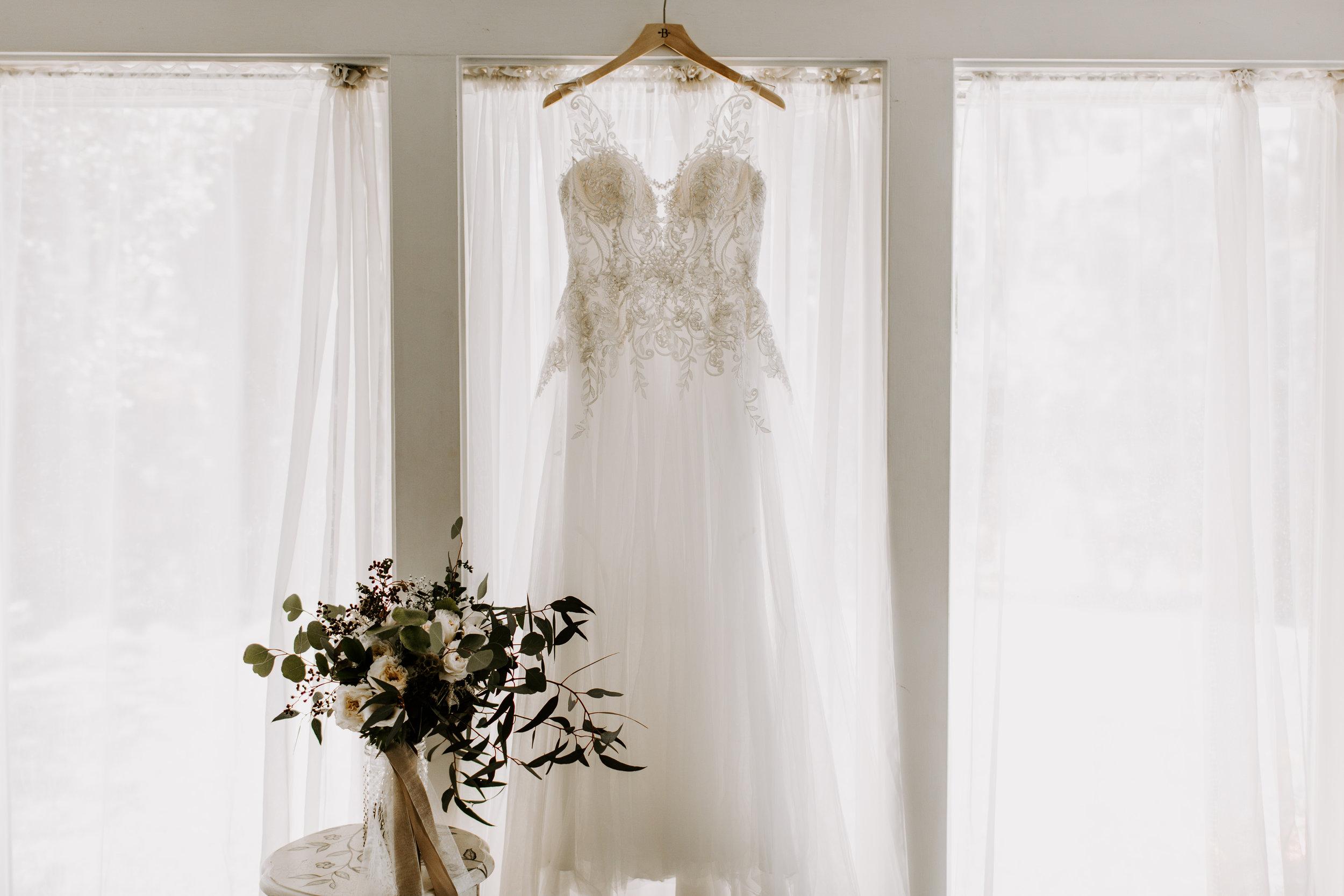 kate+zack_wedding_secludedgardenestate_temecula_madisonrylee_0005.jpg