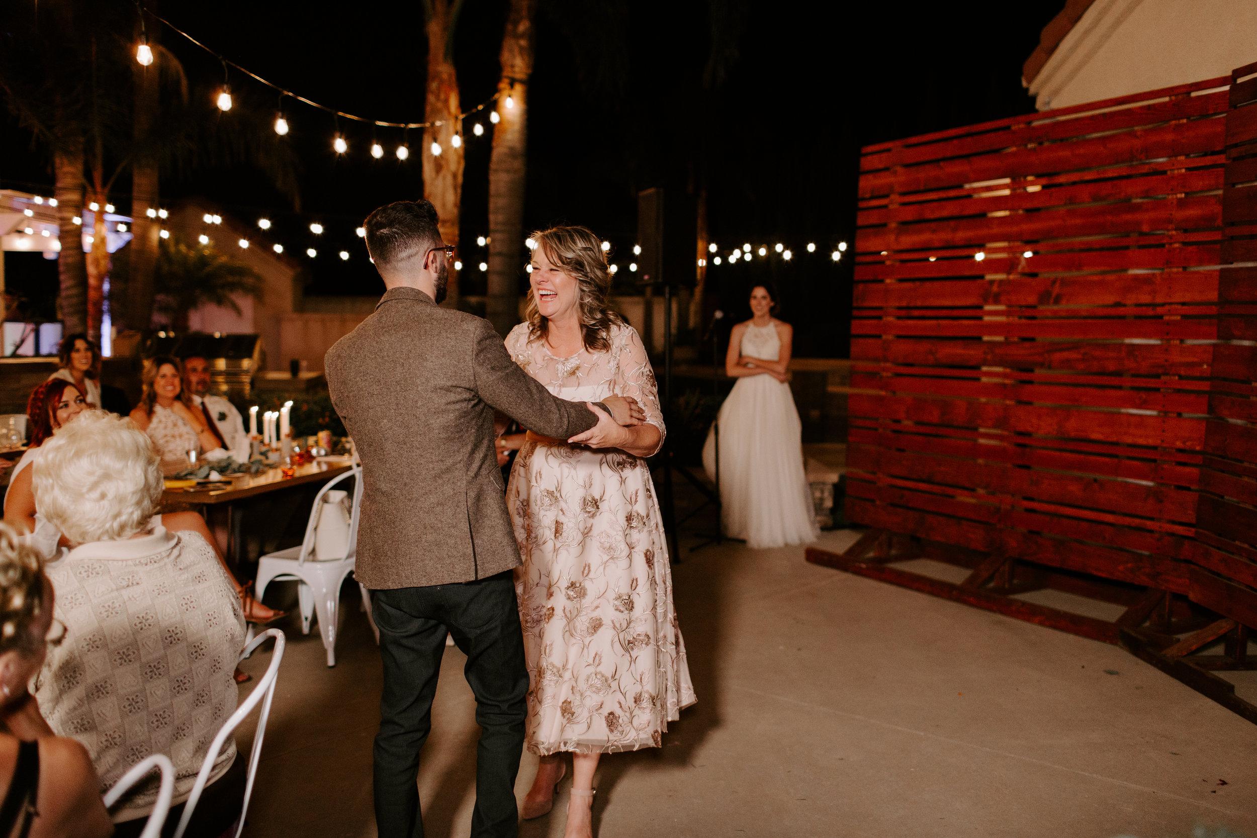 sarah+neuman_wedding_madisonrylee_1030.jpg