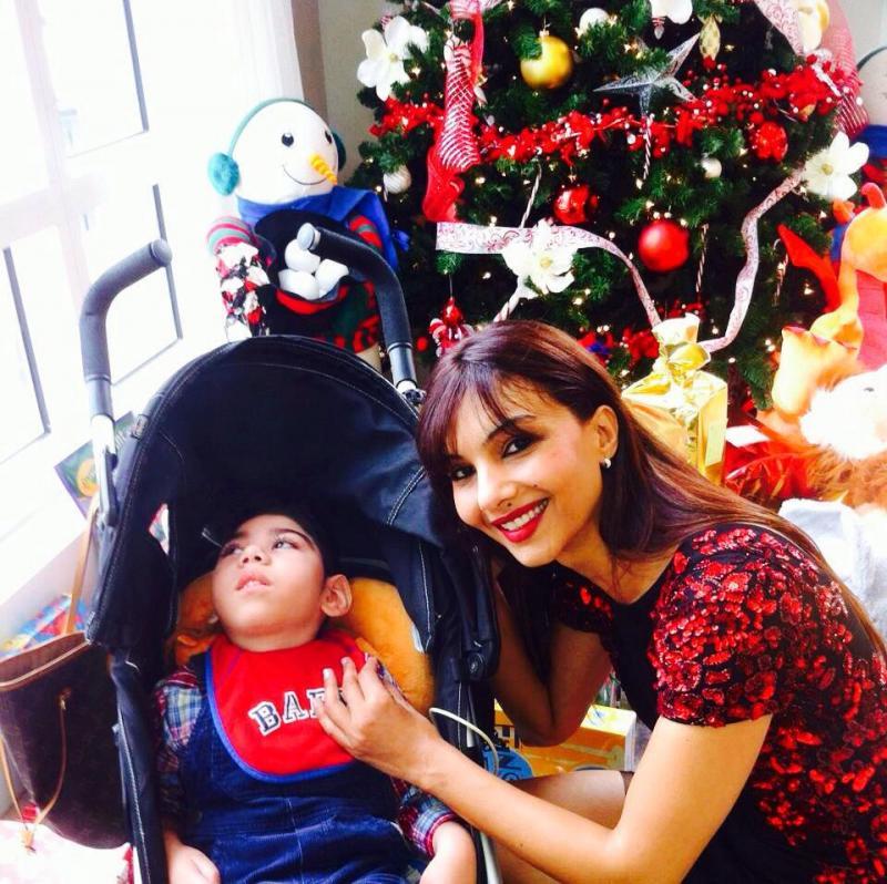 Somy_with_Child.jpg