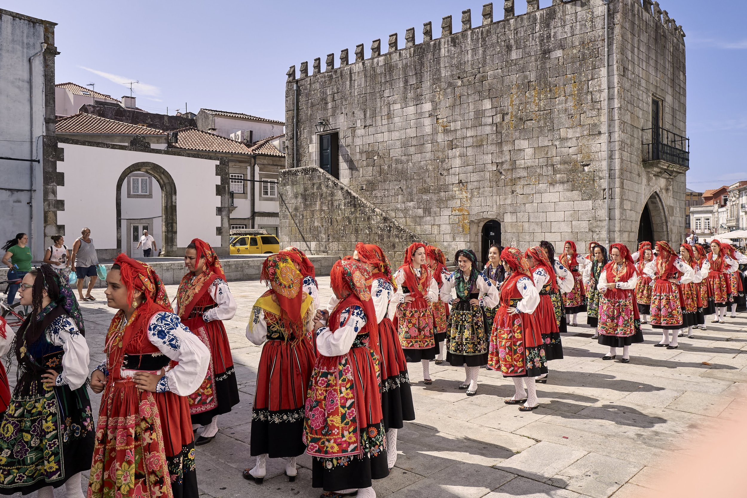Typical Clothes of Viana during a Summer Festivity - © Vincent Bridenne