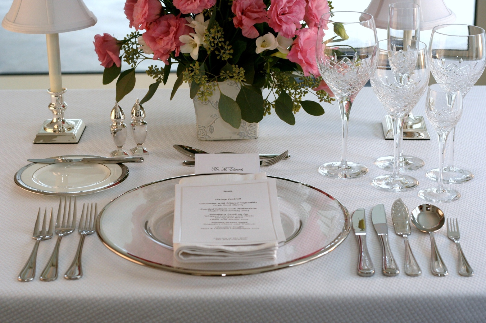 E-learning dining etiquette