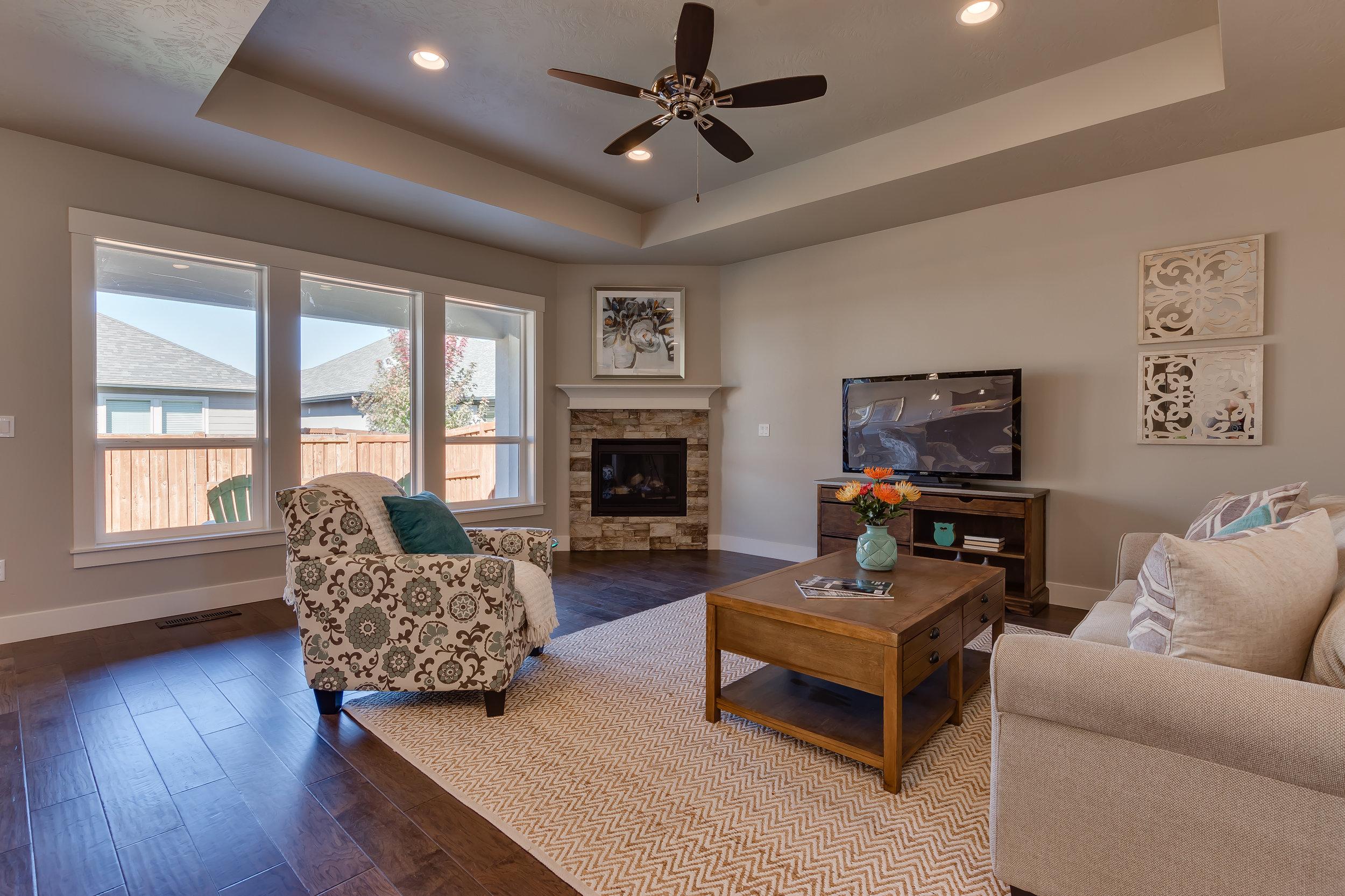 020_Living Room.jpg