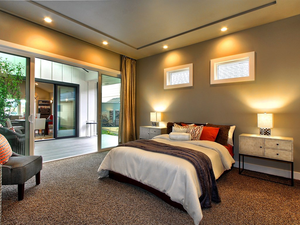 014_Master Bedroom.jpg