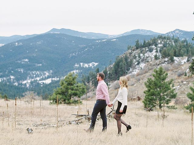 Curing the Monday blues with this gorgeous image from A+D's engagement session with @calliehobbsphotography. Can't wait for their Vail wedding in September!