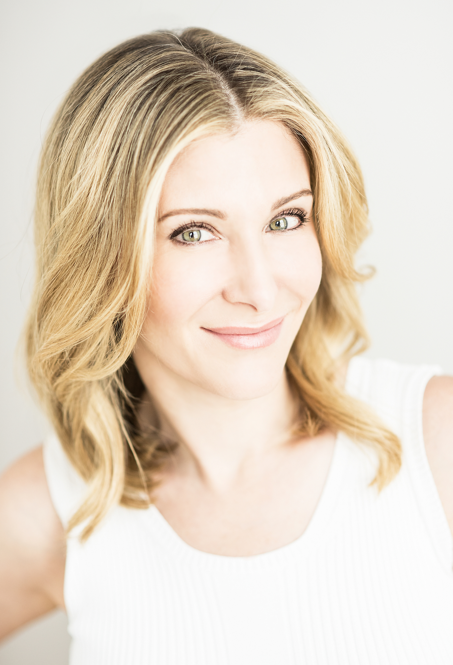 Meet Jenny patinkin: Beauty expert and Author of  Lazy Perfection: The Art of Looking Great Without Really Trying