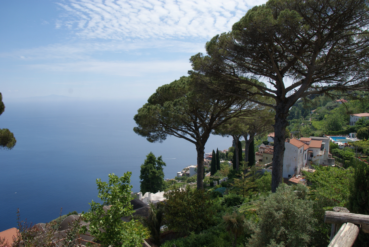 Wandering the Gardens and Estate of Villa Rufolo in Ravello