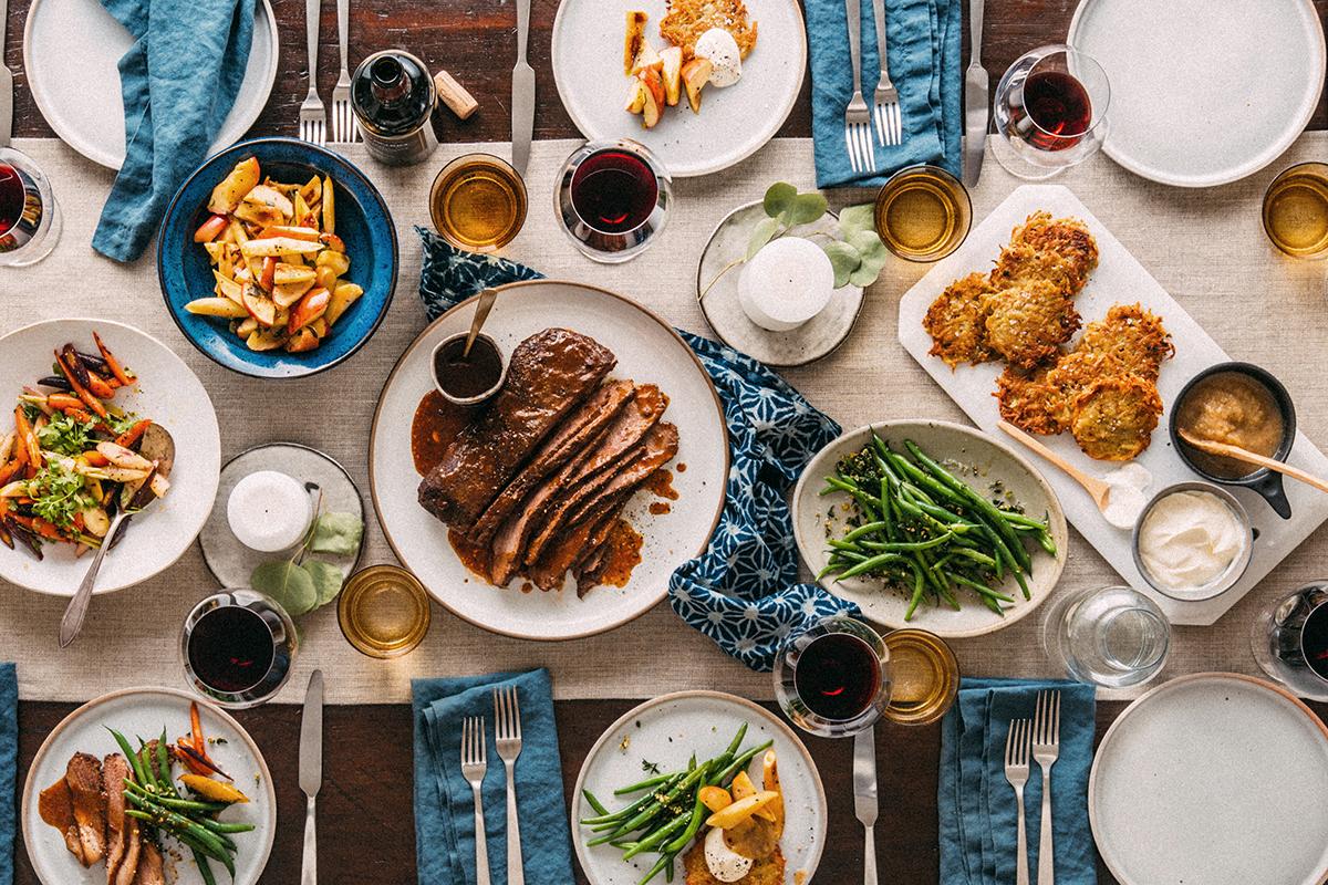 Passover Table v2.jpg
