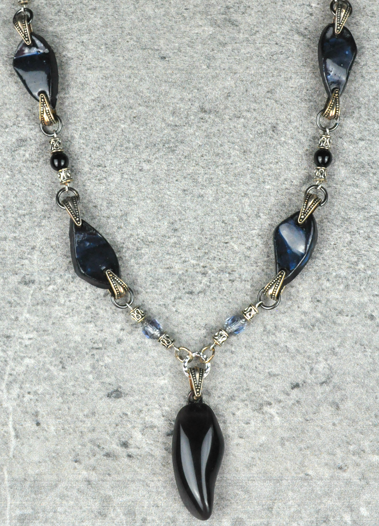 Obsidian-and-clay-necklace2.png