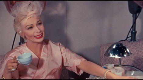 Dolores Gray as Sylvia Fowler