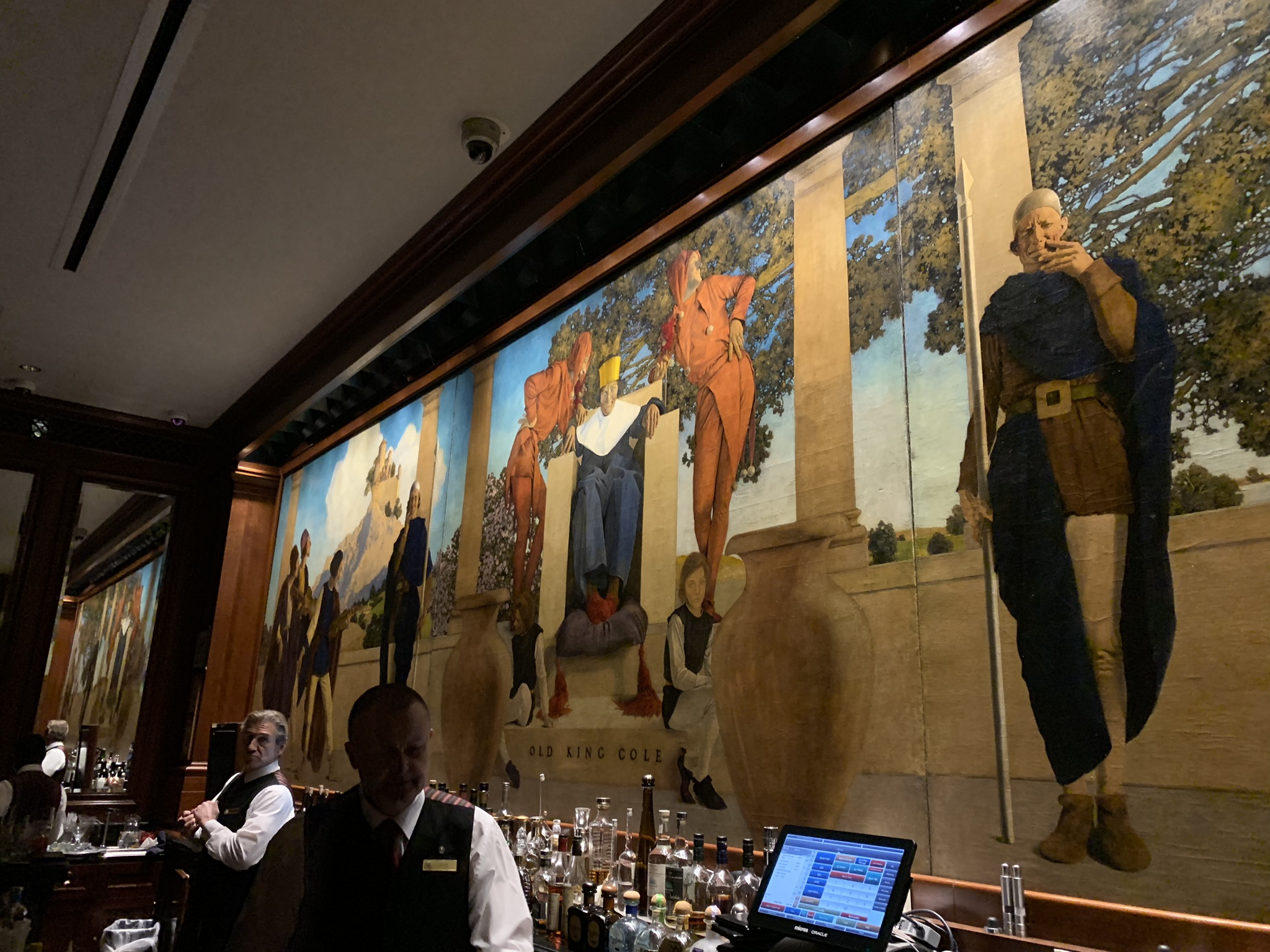Maxfield Parrish's famous mural of Old King Cole in the bar at the Saint Regis. You can see the fiddlers three at far left. The pageboy with the pipe and the steward with the bowl are out of range on the right.
