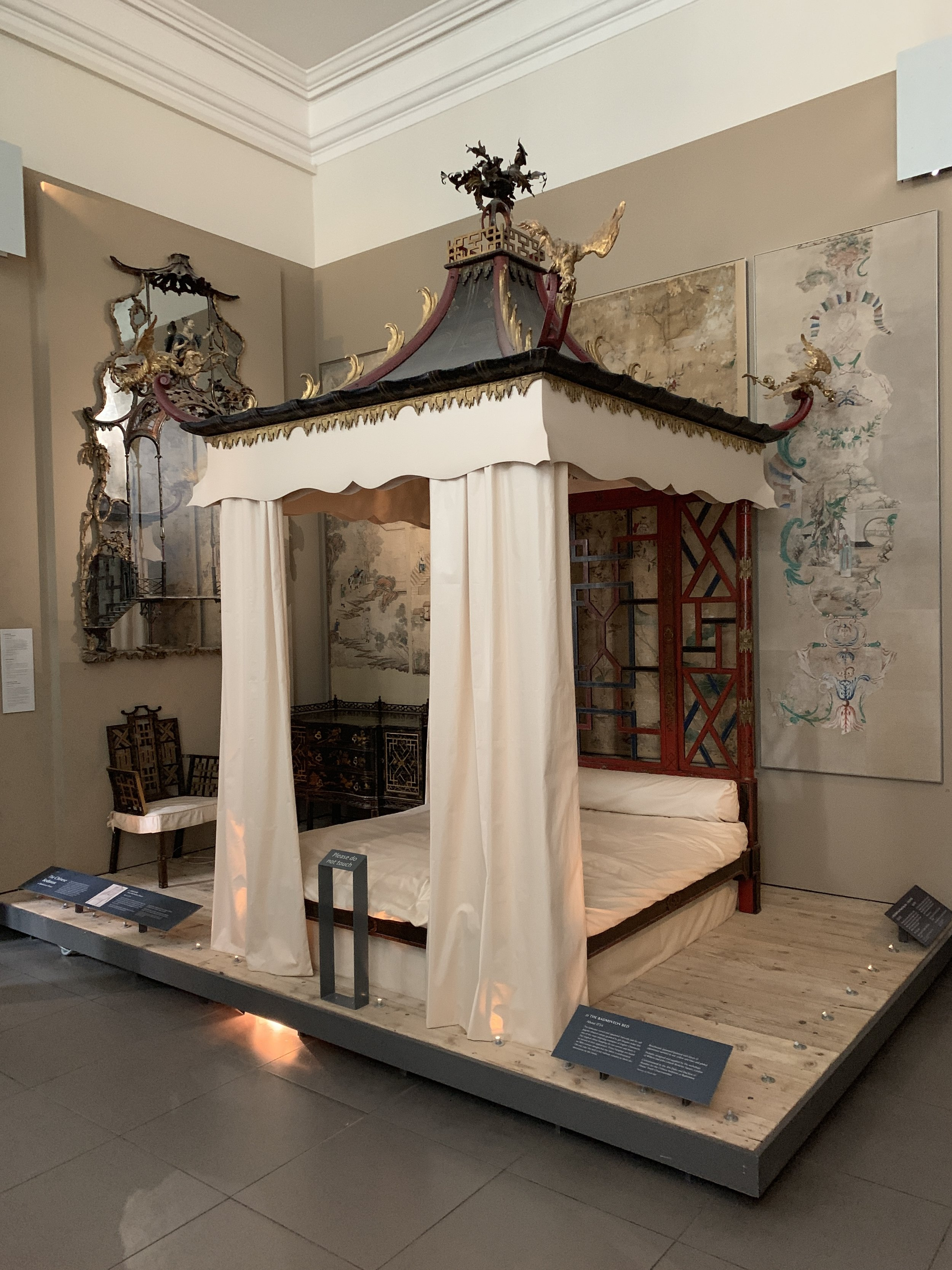 The Badminton Bed at the V&A, so named because the Badmintons played a novel version of shuttlecock in it that became the rage. ;-)