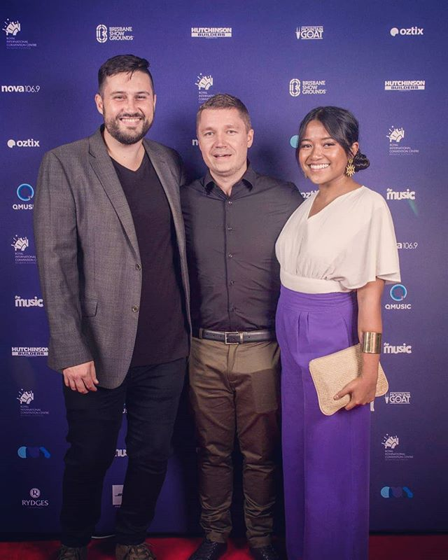 My phone was very excited to be at the QMA's last night. It was an honour to enjoy the moment with my two best friends 🖤. We didn't win but we are in this game for the art and it was nice to get nominated. Can't wait for the next video @manny.j.cole #phoneboner #queenslandmusicawards #omegachildlive #brisbanemusicscene #australianmusicscene #youtopia