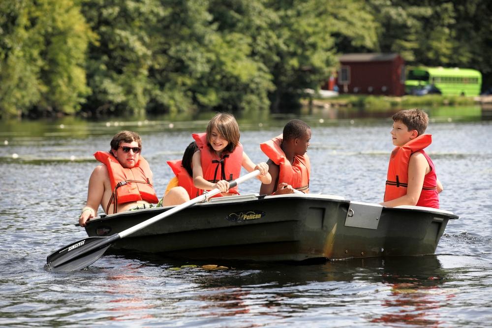 campboatinggbear.jpg