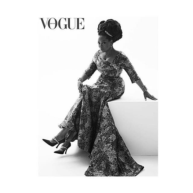 🙌🏾THIS IS EVERYTHING🙌🏾 @oprah elegantly graces @britishvogue with a cover and interview in the August issue by @edward_enninful @mertalas @macpiggott . . . #oprah #britishvogue #icon #fashion #style elegance #timeless #beautiful #stunning .