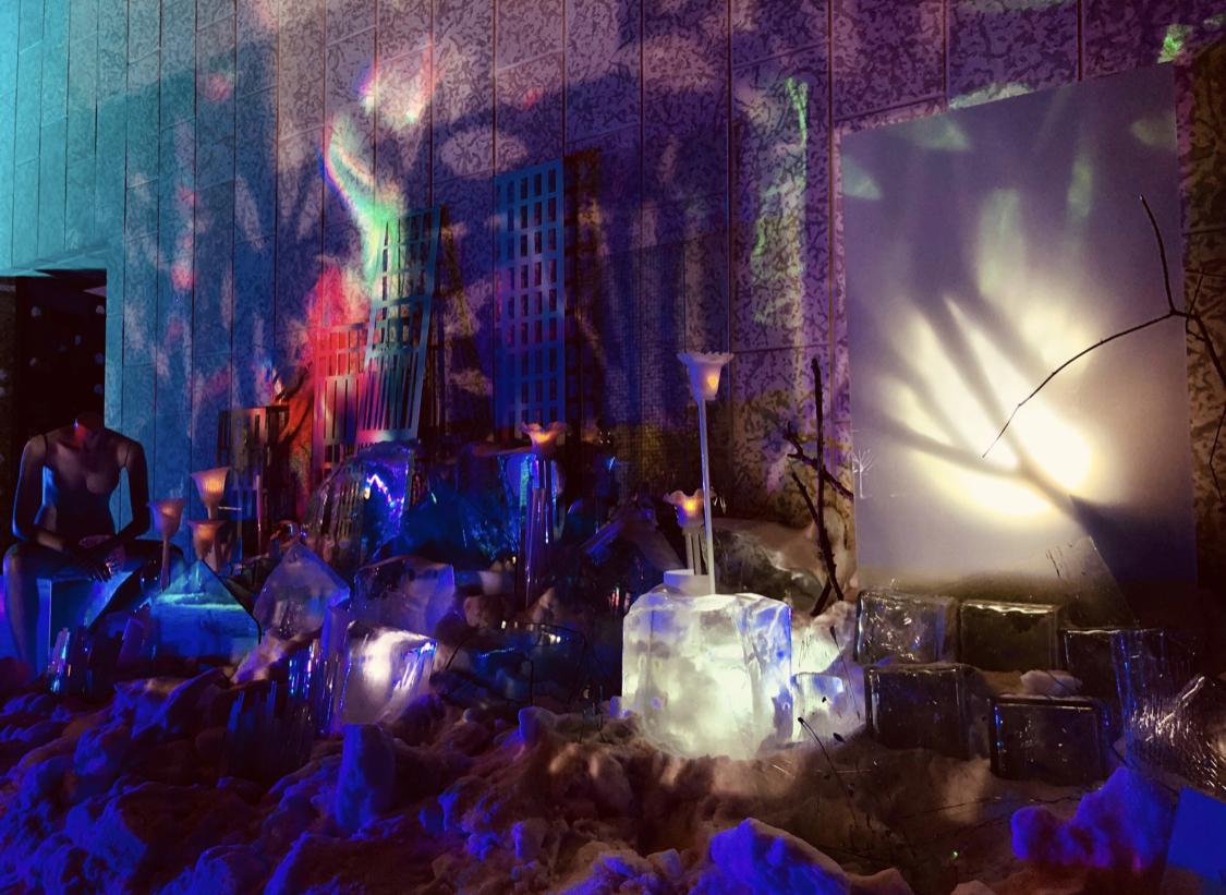 Aurora Civitas  , art installation 2019 - glass, ice, light and tyndall stone