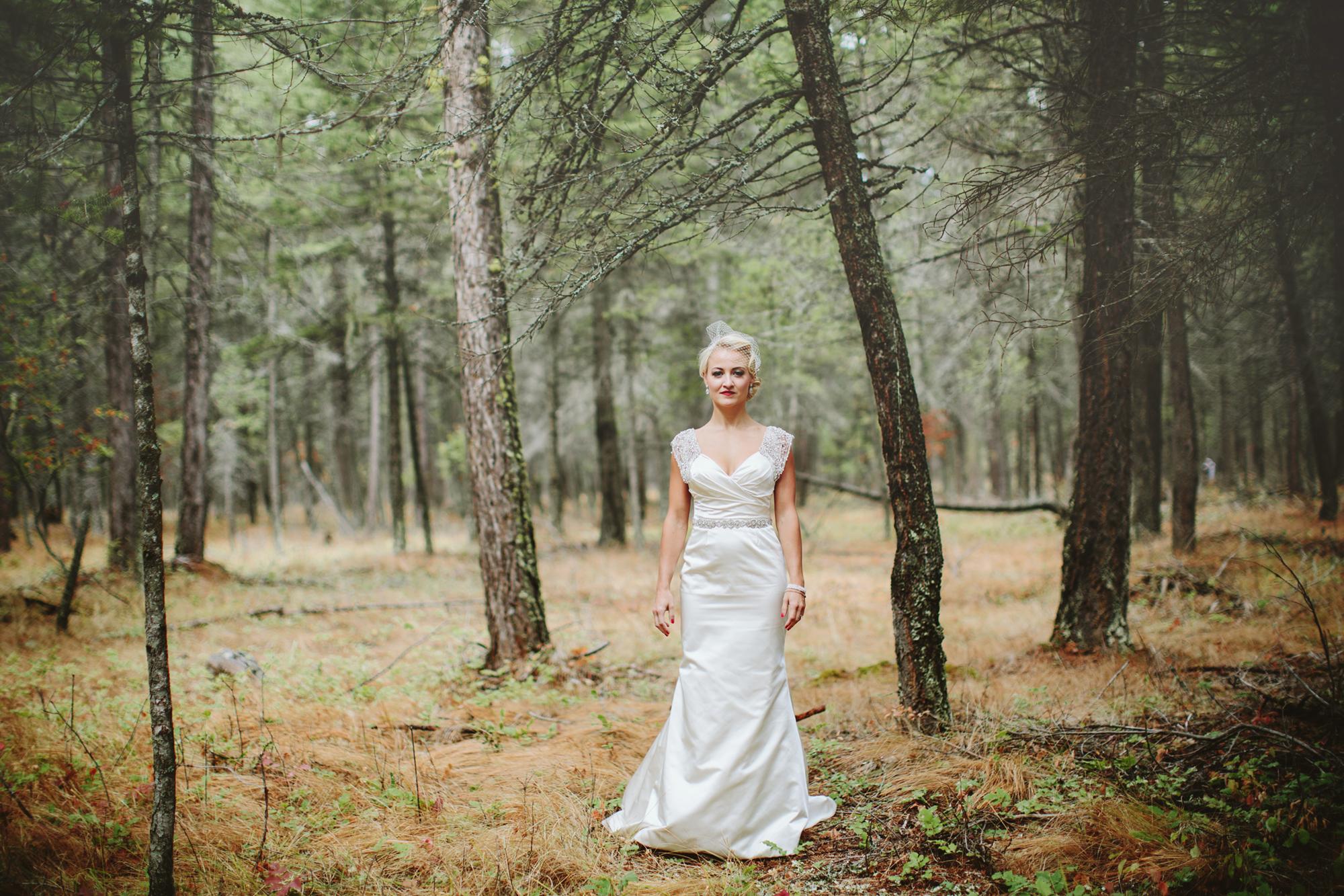 mountain wedding, lake wedding, alberta wedding photographer, vintage dress, vintage hair