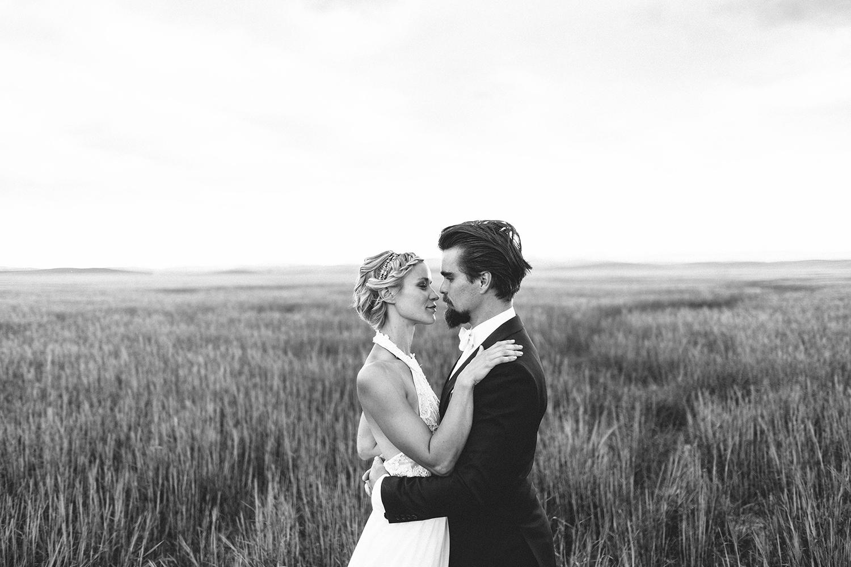 J + J Lethbridge Wedding -068.JPG