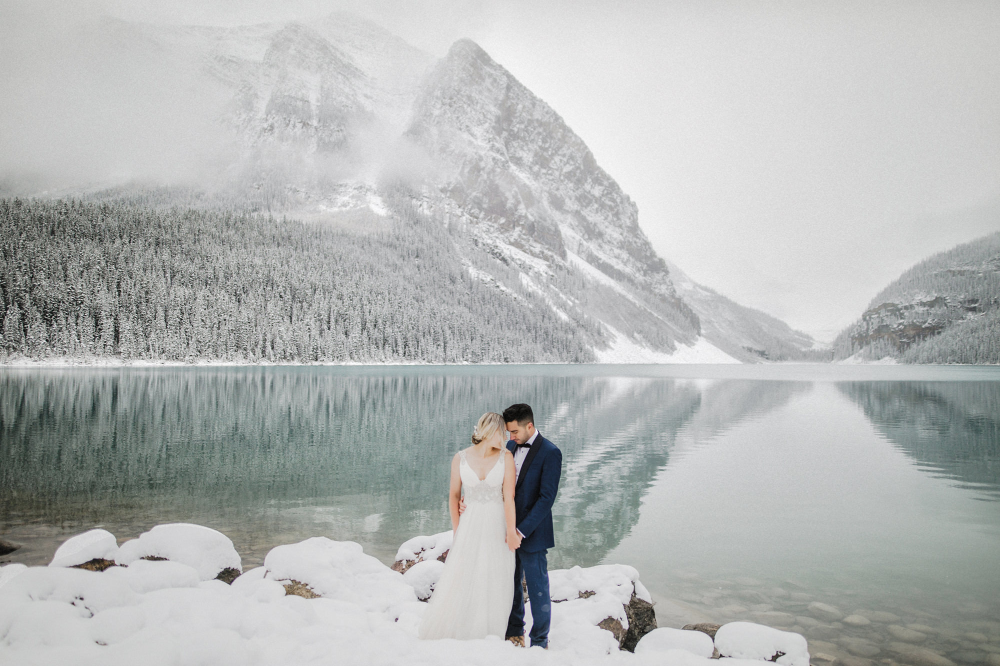 Lake Louise Winter Wedding -33.JPG