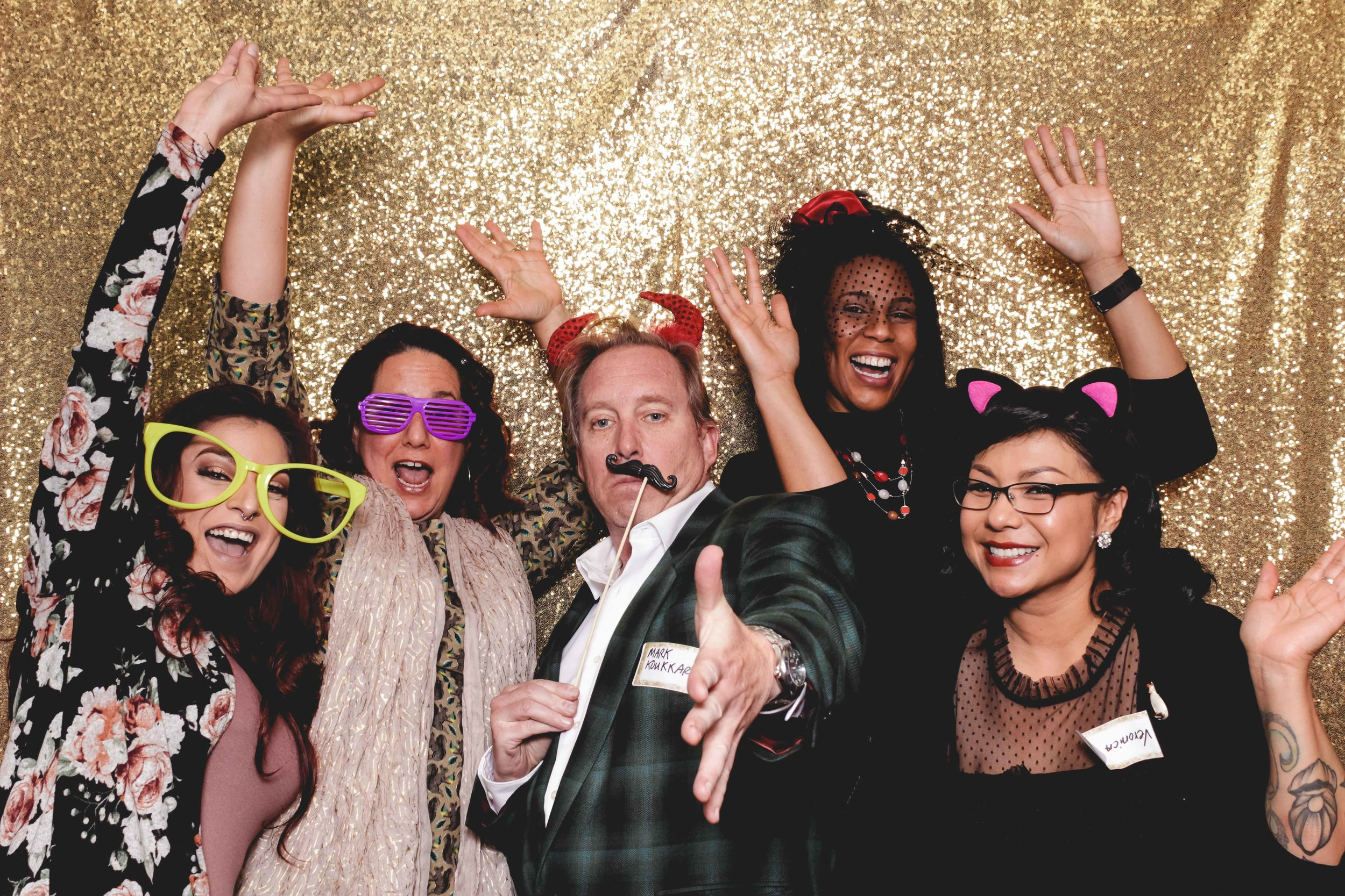 holiday_photo-booth-event-1.jpg
