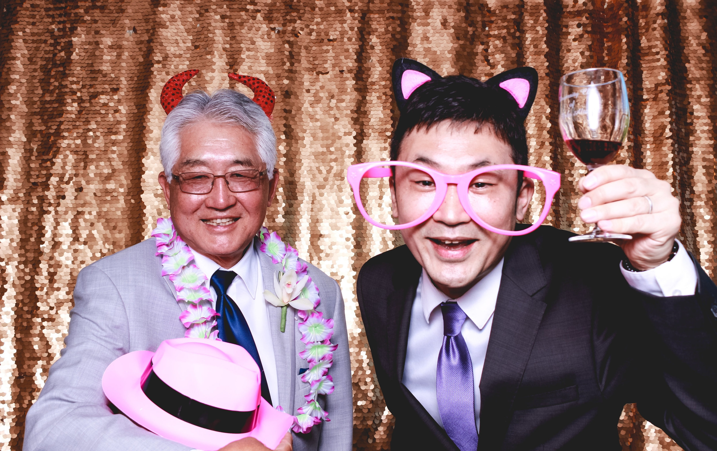 kelly-and-aaron-photobooth-13.jpg