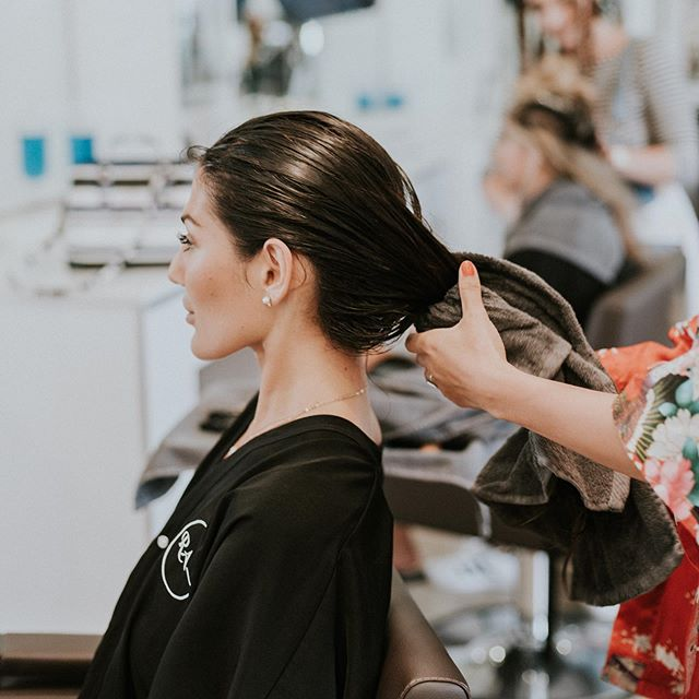 Happy #nationalblowoutday! The team at @nationalblowoutday & @nationalhairday are doing something amazing! Go to their profiles and click the link in their bio (and our highlights/story!) to nominate a woman who is going through or has beaten cancer for a full makeover at a salon in her city!