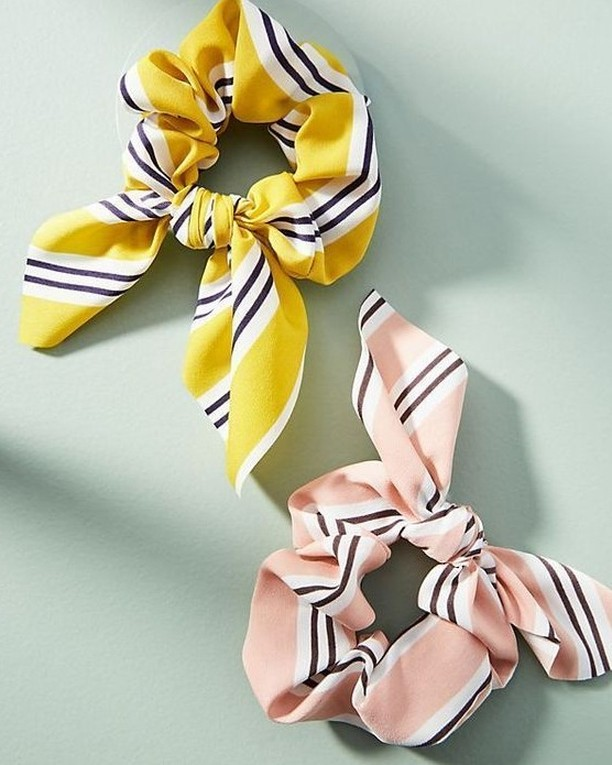 We're all about the comeback of the scrunchie trend. Who are your favorite scrunchie brands? Tell us below! #seconddayhair #getprete #blowout #prete #blowouts #hair #hotd #beauty #hairstylists
