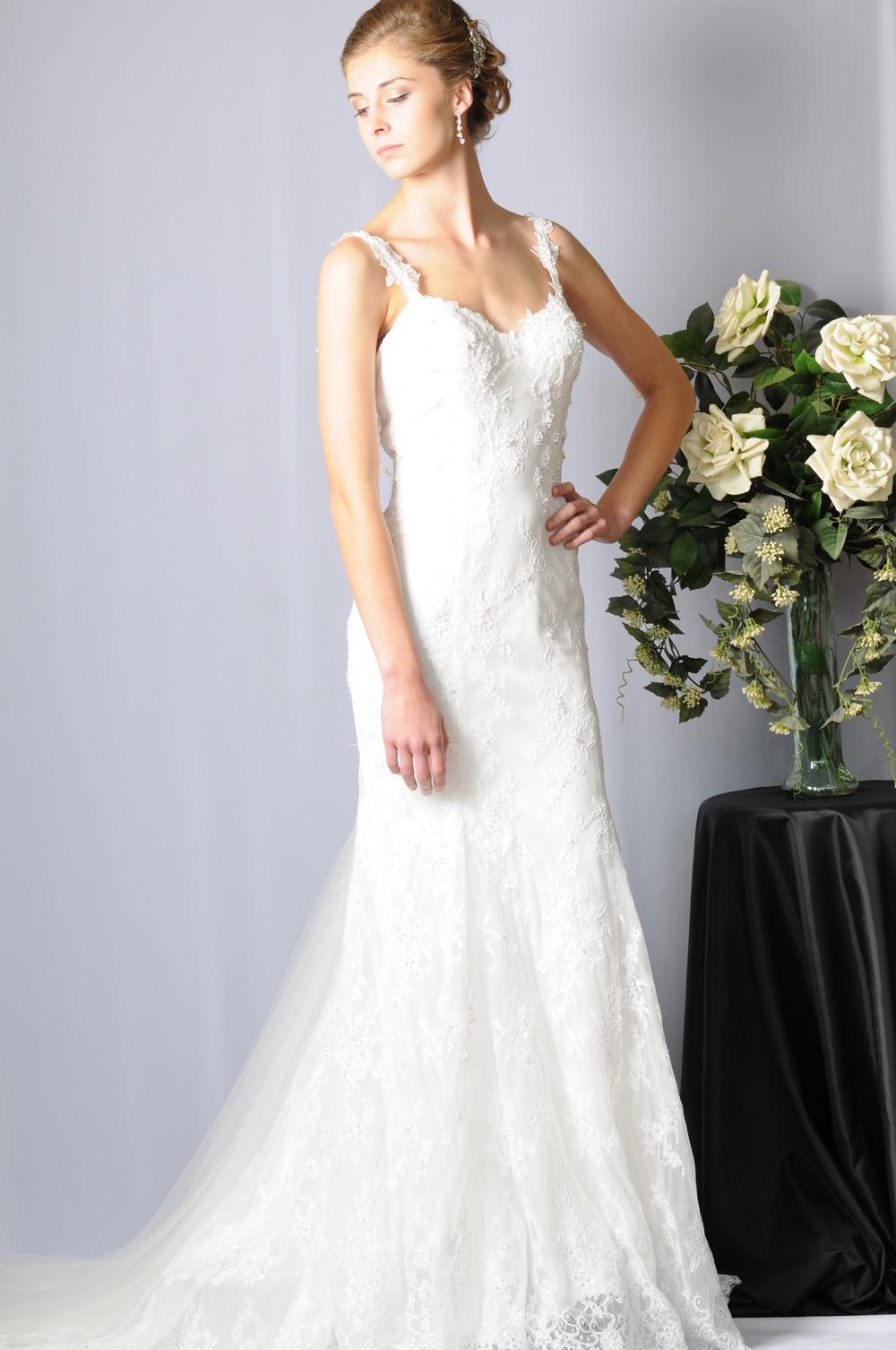 Chantilly+Bridal+Dress.jpeg