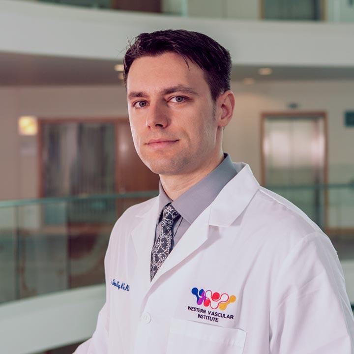Dr Florian Stefanov