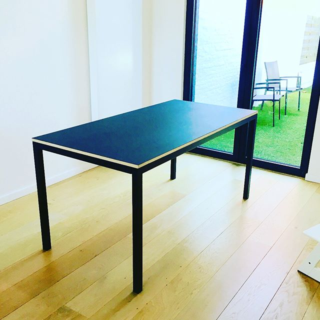 Dinner for 4,6 or 8? A custom made table never too big, never too small. #steelframe #birchply #forbodesktop #n14 #madetoyourmeasure
