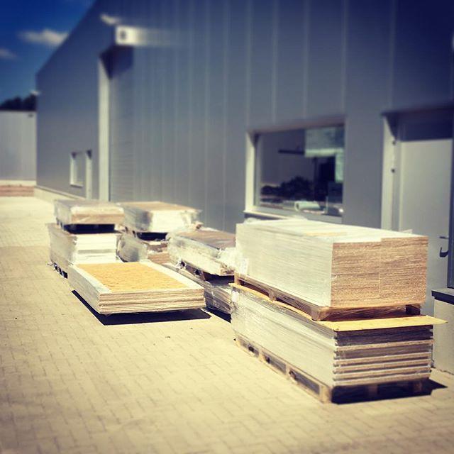 Uppershelf gaat next level #Melamine-mania. Paar kastjes klaarzetten #uppershelf #maatwerkvandebovensteplank #n14 #woods