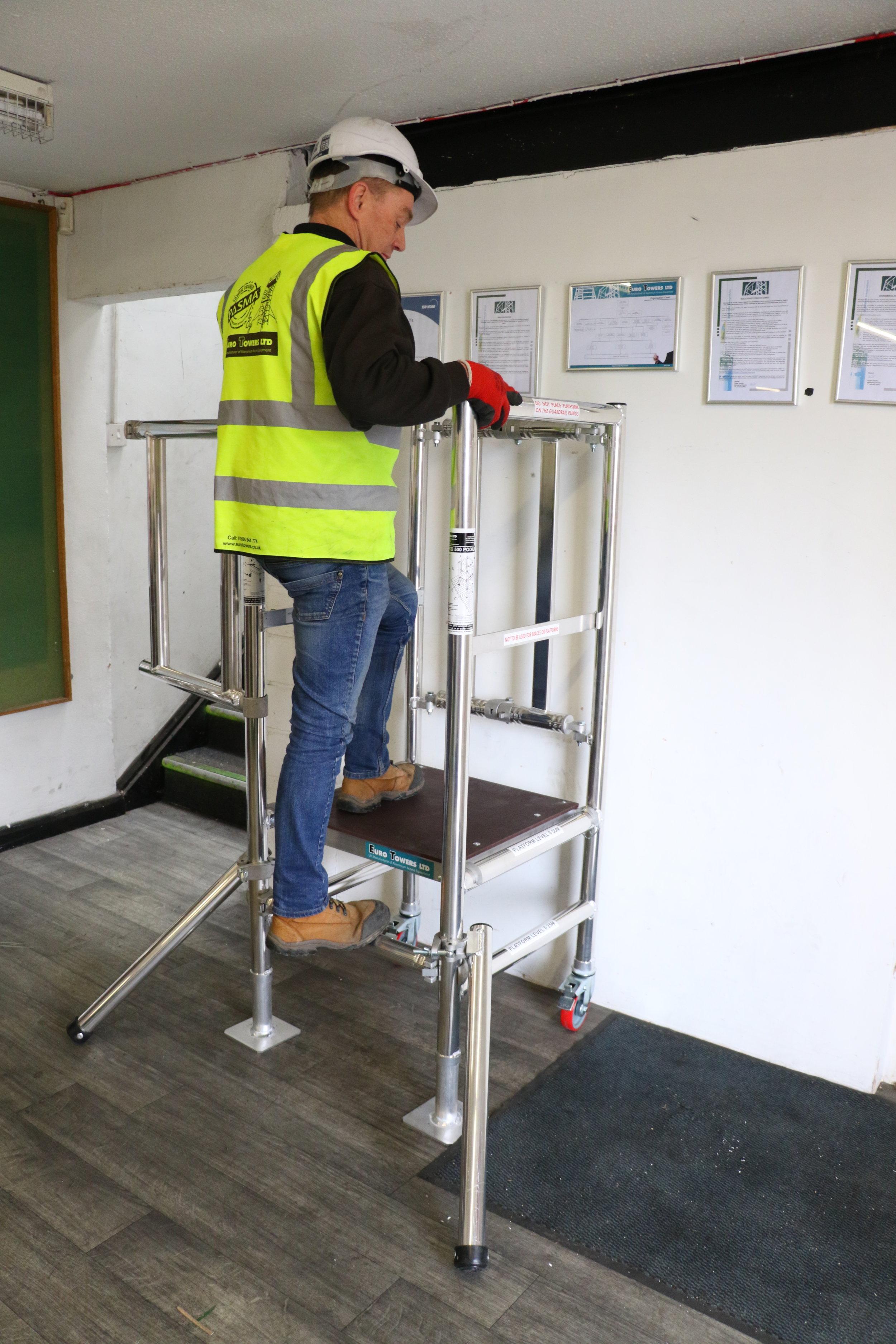Aluminium podium, Aluminium access tower system, Euro Towers