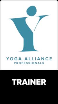 YA-Badge-Trainer-white.png