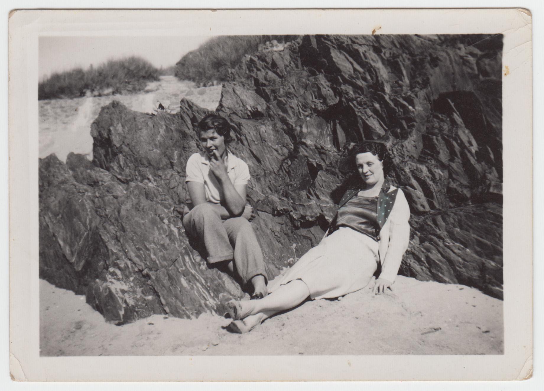 Elsie - Elsie & Alice, Rhosneigs, 1938