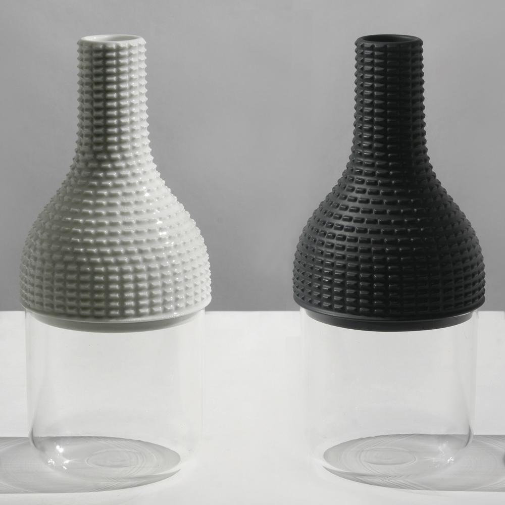 Chapeaux Pour Vase   Guillaume Delvigne   In Dust We Trust C  ollection
