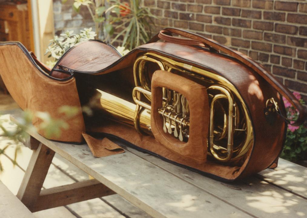 saxophone_case_3.jpg