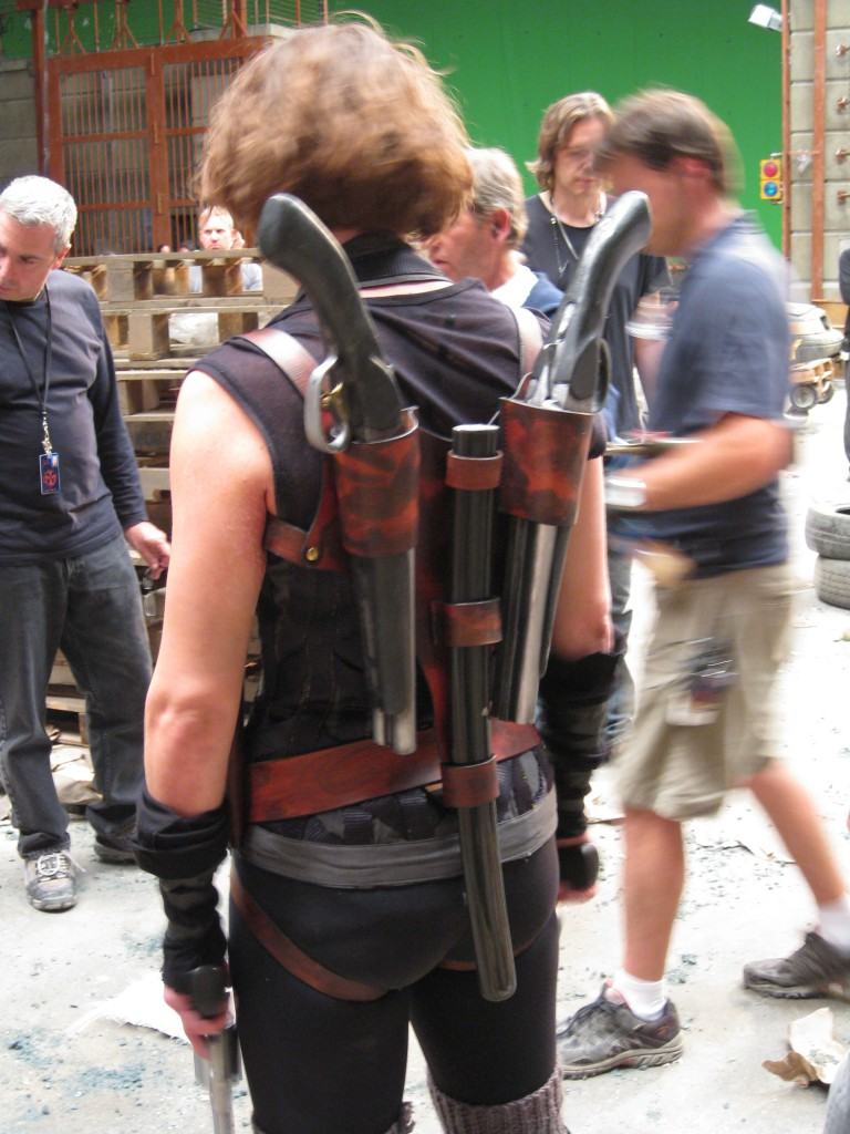 Resident Evil: Afterlife (2010) - holster