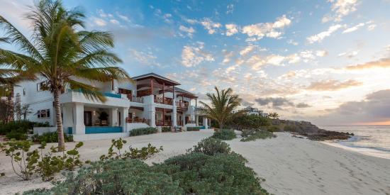 Zemi Beach Resort & Spa