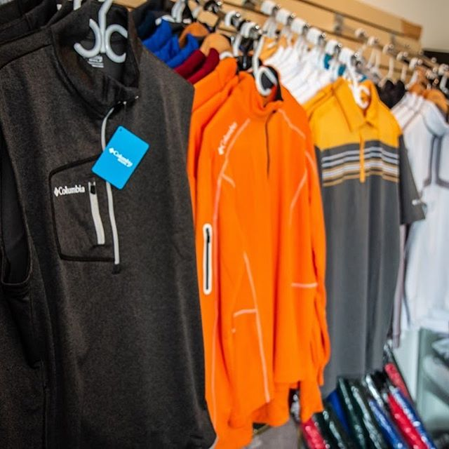 Visit our pro shop for all your equipment and clothing needs and catch an end of season deal. While playing your round consider a bite to eat at Mulligans. Check out our new hours:  Sunday 12-6 (Bar Only) Monday Closed Tuesday Closed Wednesday 12-6 Thursday 12-6 Friday 12-9 Saturday 12-6