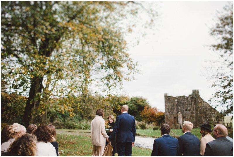 tullibole-castle-wedding_0040.jpg