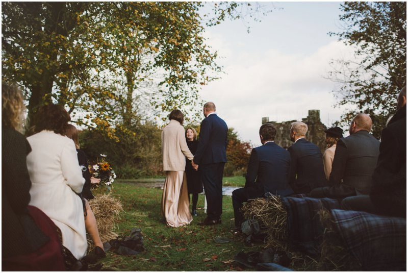 tullibole-castle-wedding_0051.jpg