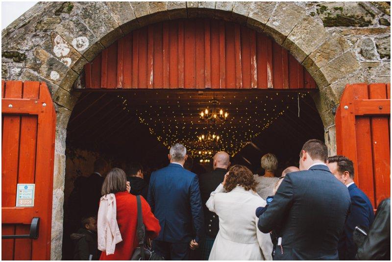 tullibole-castle-wedding_0069.jpg