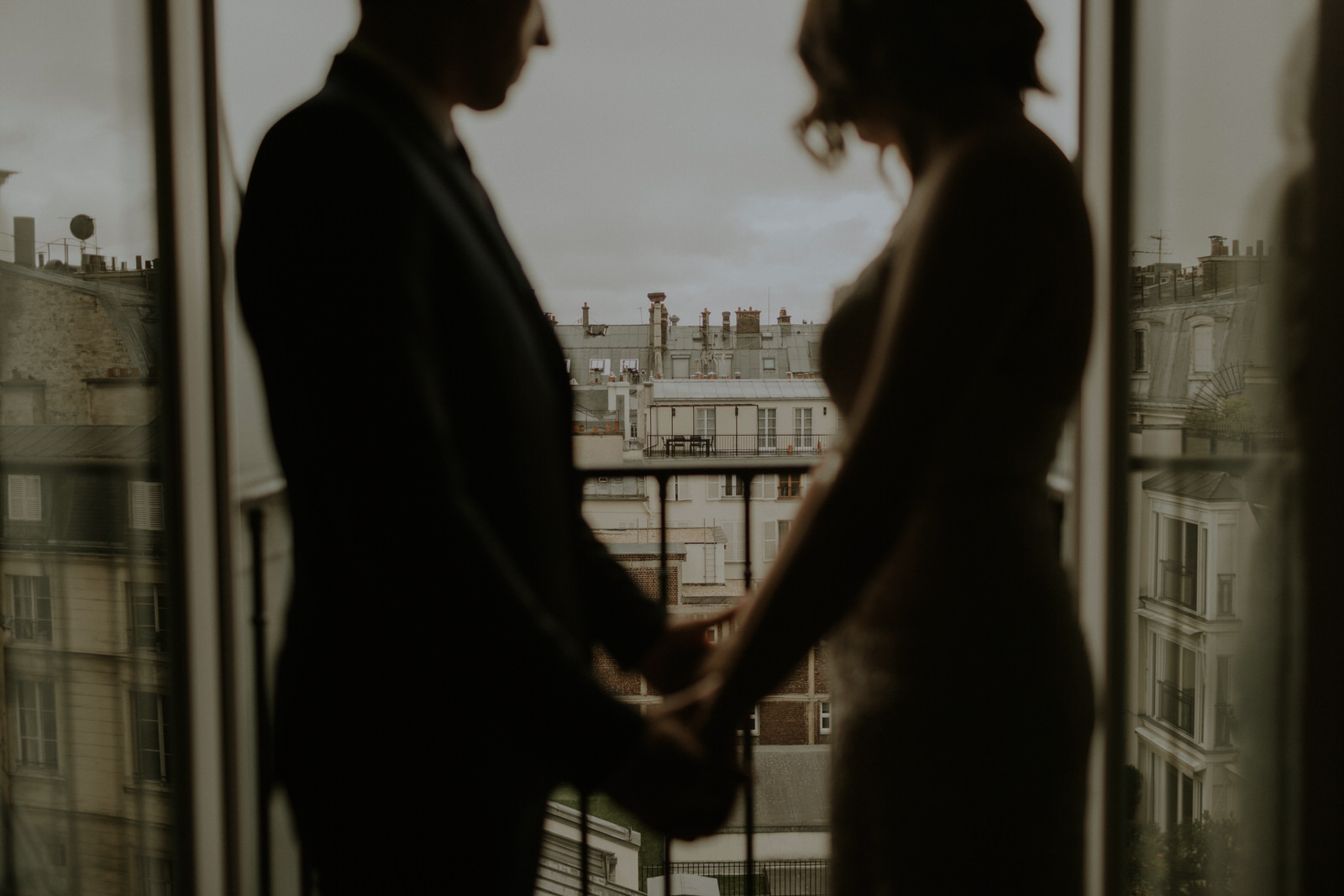 paris elopement photography 05.jpg