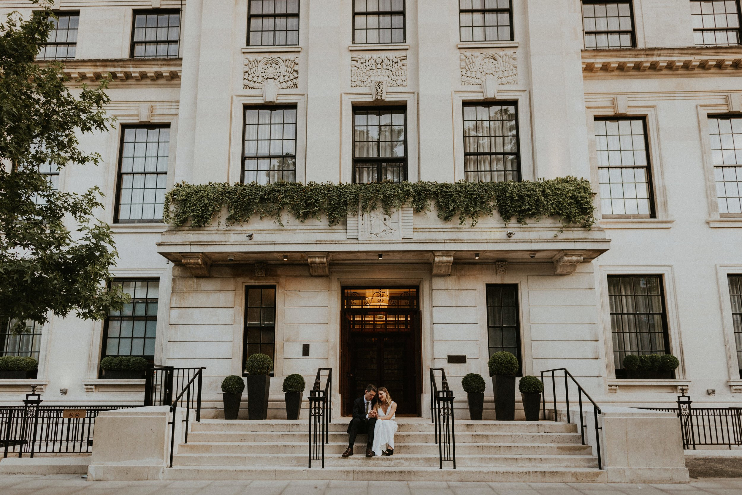 town hall hotel wedding london by the curries wedding photographers07.jpg