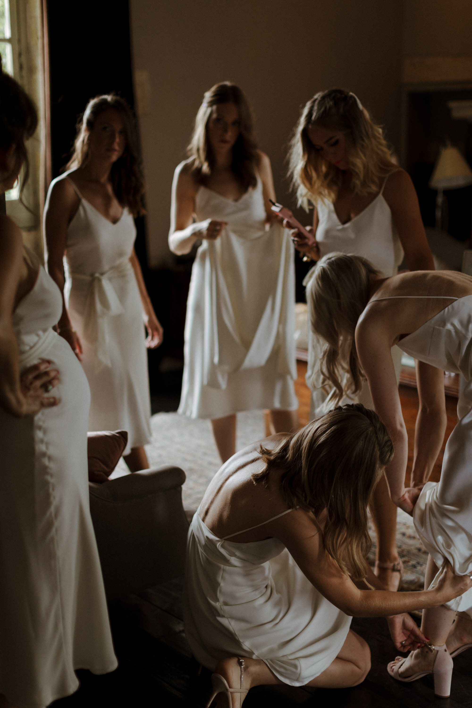 Chateau Rigaud Wedding Photography 13-59-39-1Q5A1147-R+L.jpg