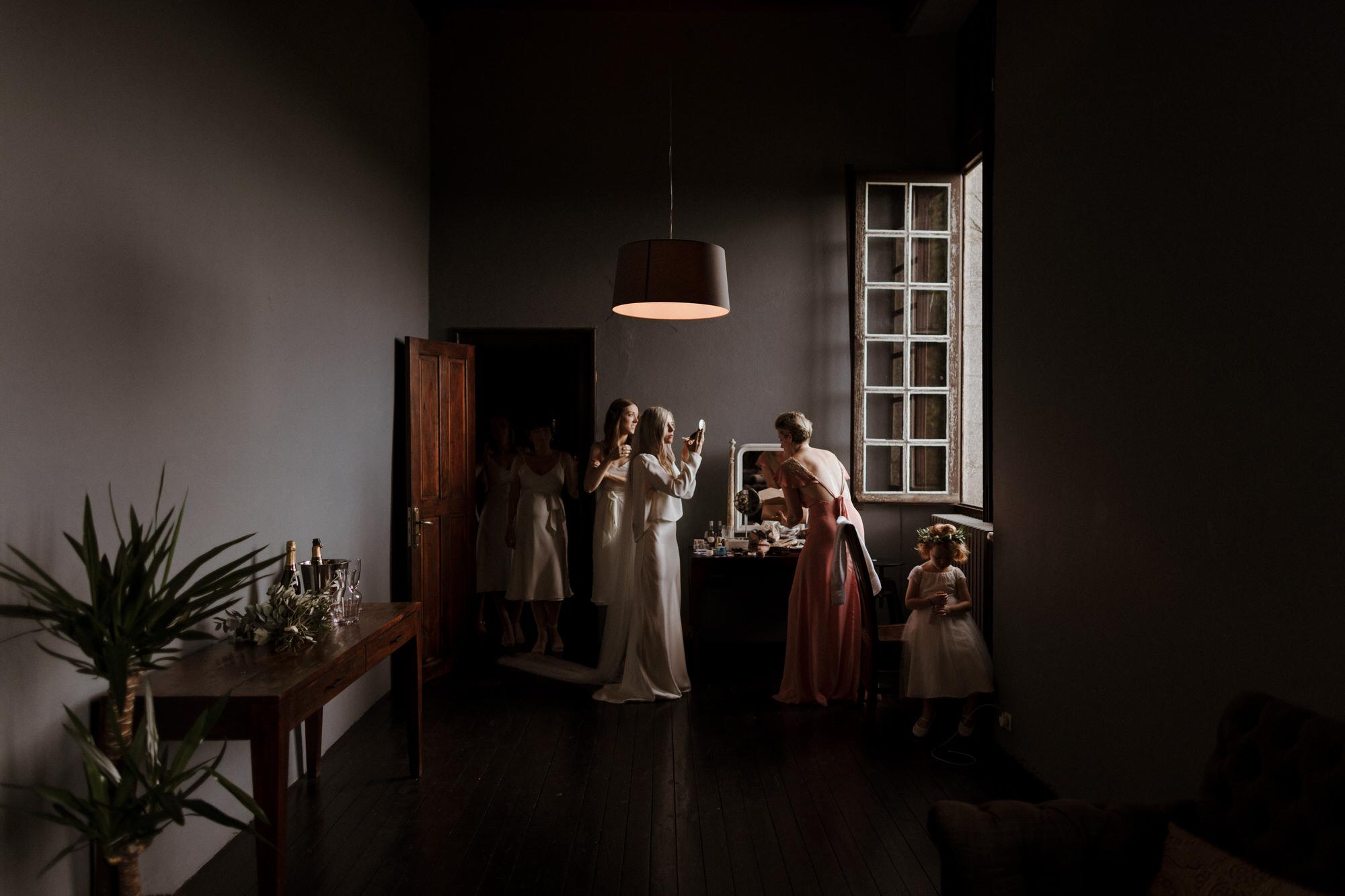 Chateau Rigaud Wedding Photography 14-23-52-1Q5A1262-R+L.jpg