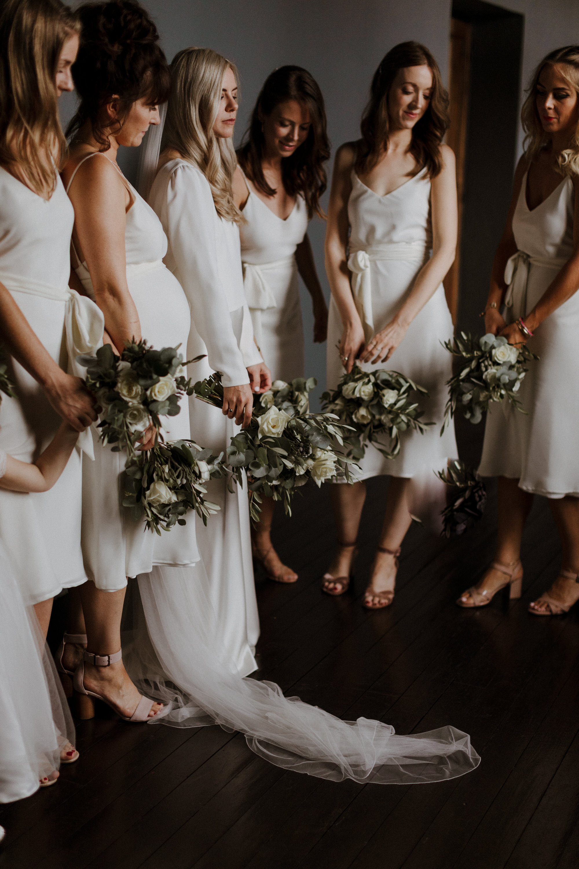 Chateau Rigaud Wedding Photography 14-29-06-1Q5A1333-R+L.jpg