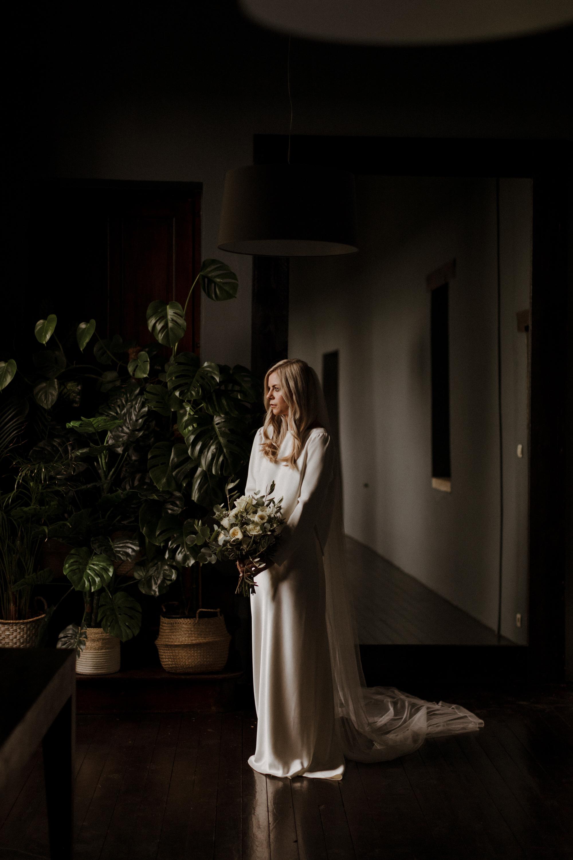 Chateau Rigaud Wedding Photography 14-31-30-1Q5A1357-R+L.jpg
