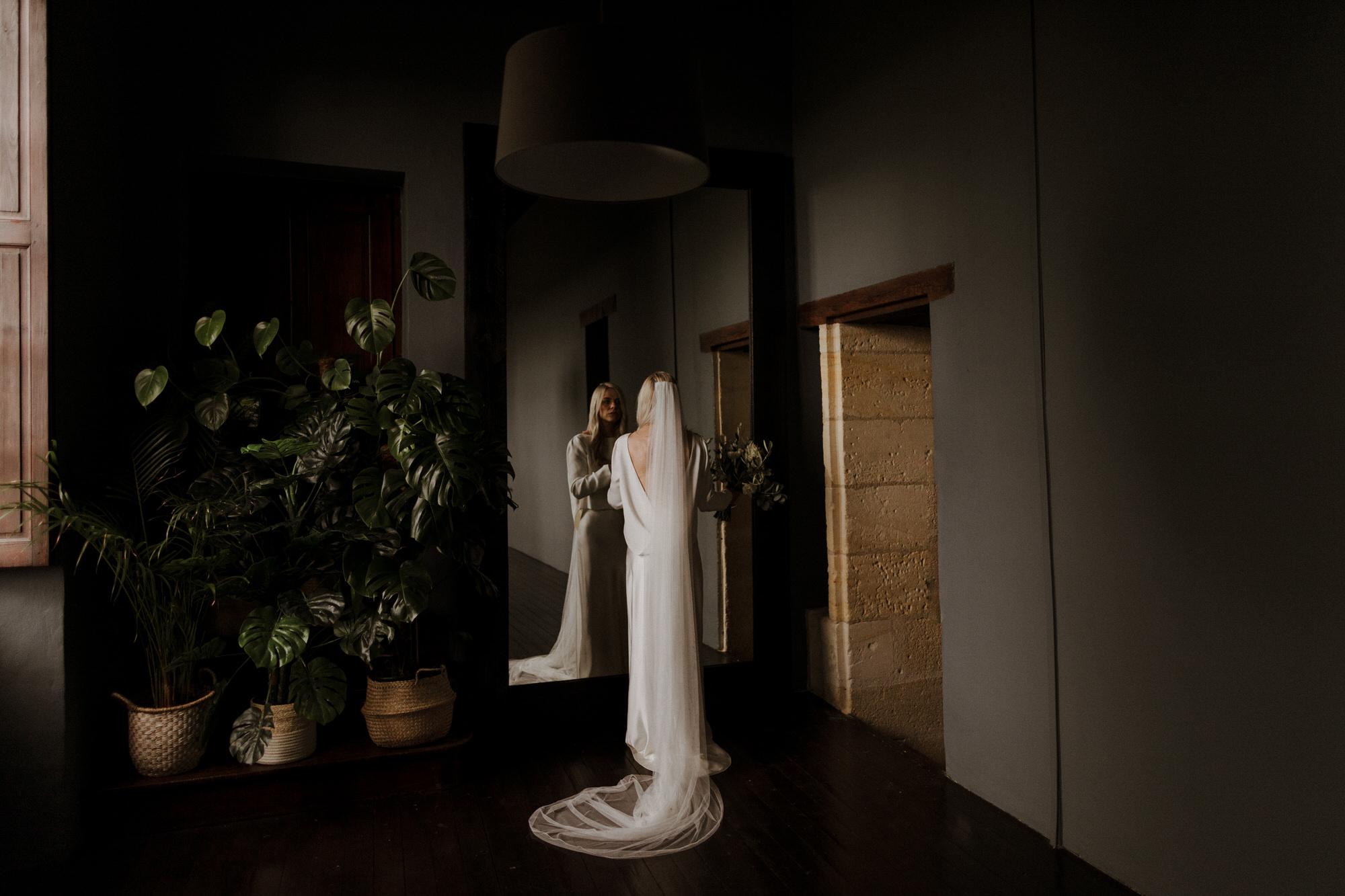 Chateau Rigaud Wedding Photography 14-32-14-1Q5A1373-R+L.jpg