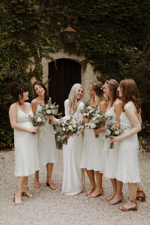 Chateau Rigaud Wedding Photography 16-35-43-1Q5A2396-R+L.jpg
